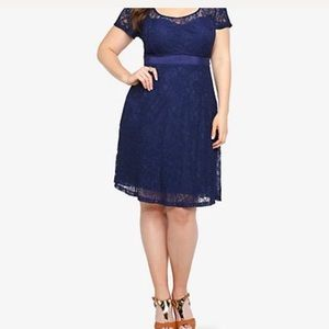 Torrid navy blue lace overlay sweetheart dress